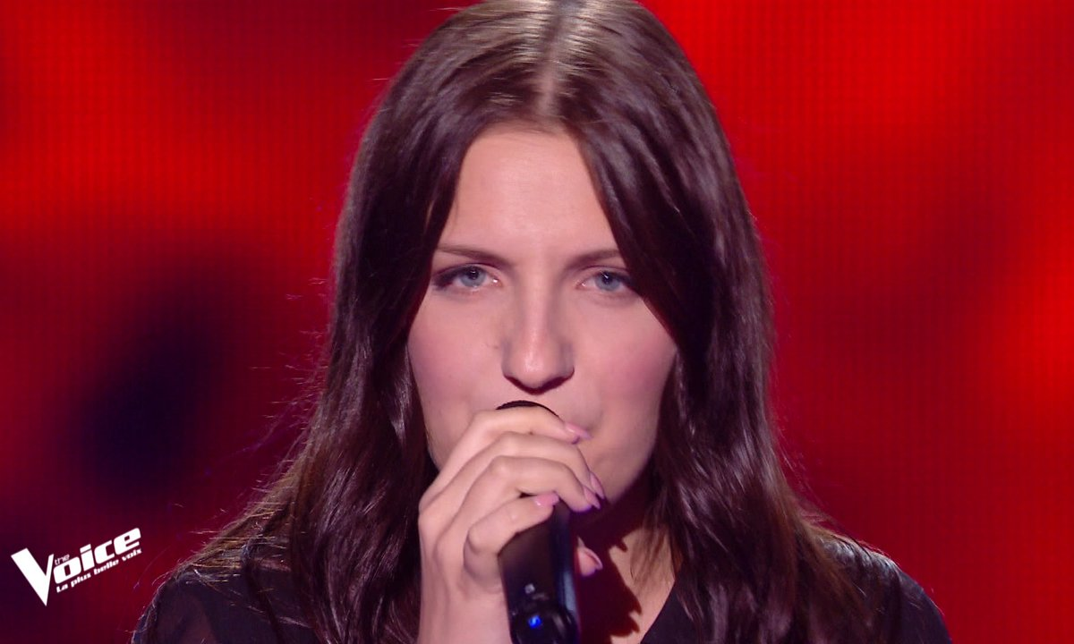 "The Voice 2021 - Manon Cruz chante ""Alive"" de Sia"