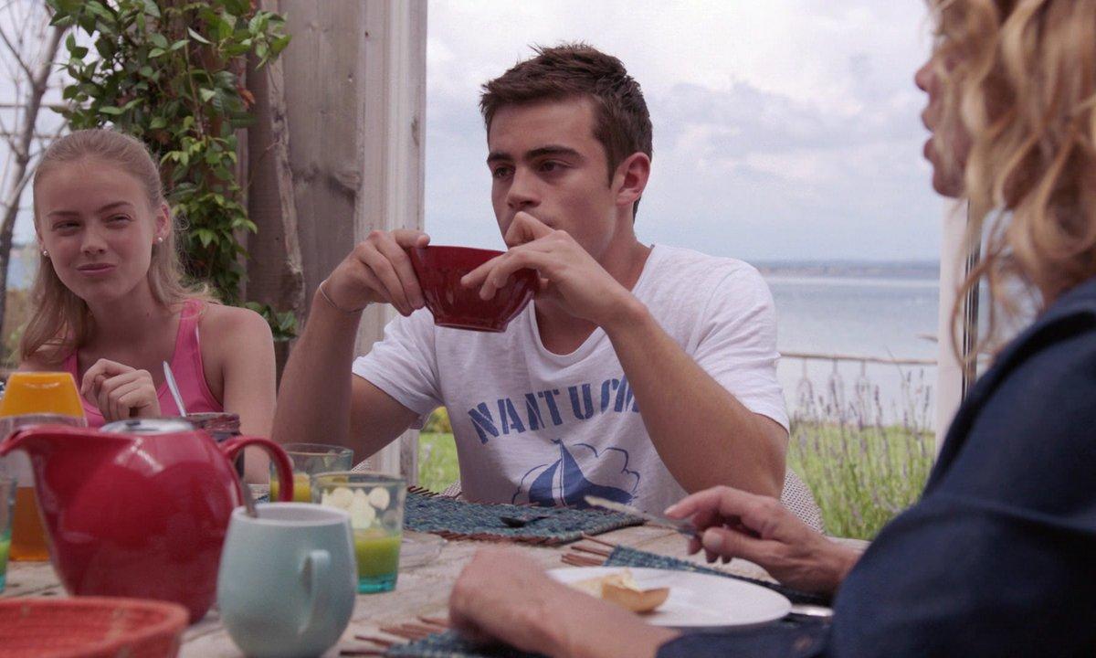 Maxime et Judith demandent des explications à leur mère (épisode 253)