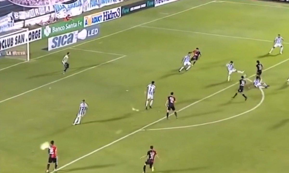 """VIDEO - Un but """"Messiesque"""" en Argentine"""