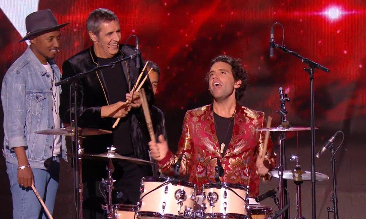Mika, Soprano et Julien Clerc font le show : un bœuf musical improvisé à la batterie