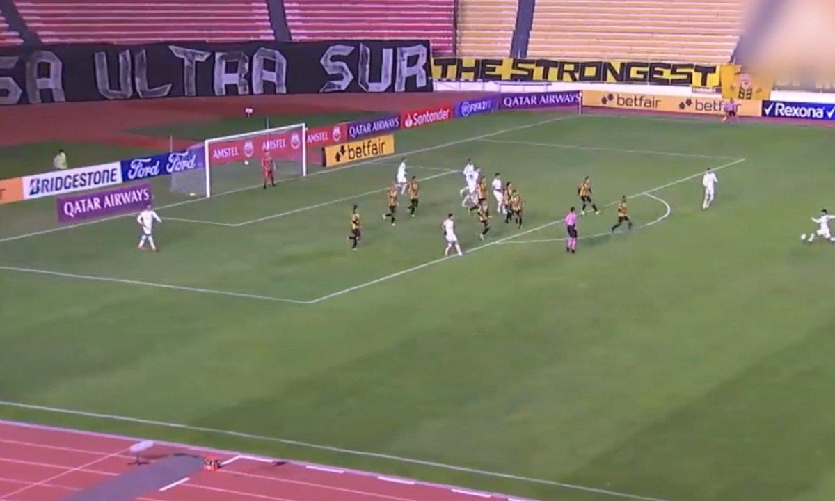 VIDEO - Un missile venu d'ailleurs en Copa Libertadores