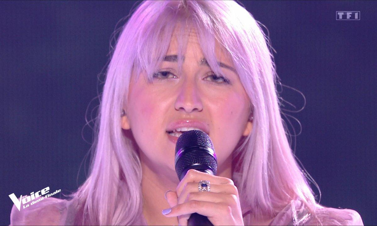 """The Voice 2021 – Niki Black chante """"Les portes du pénitencier"""" de Johnny Hallyday (Demi-finale)"""