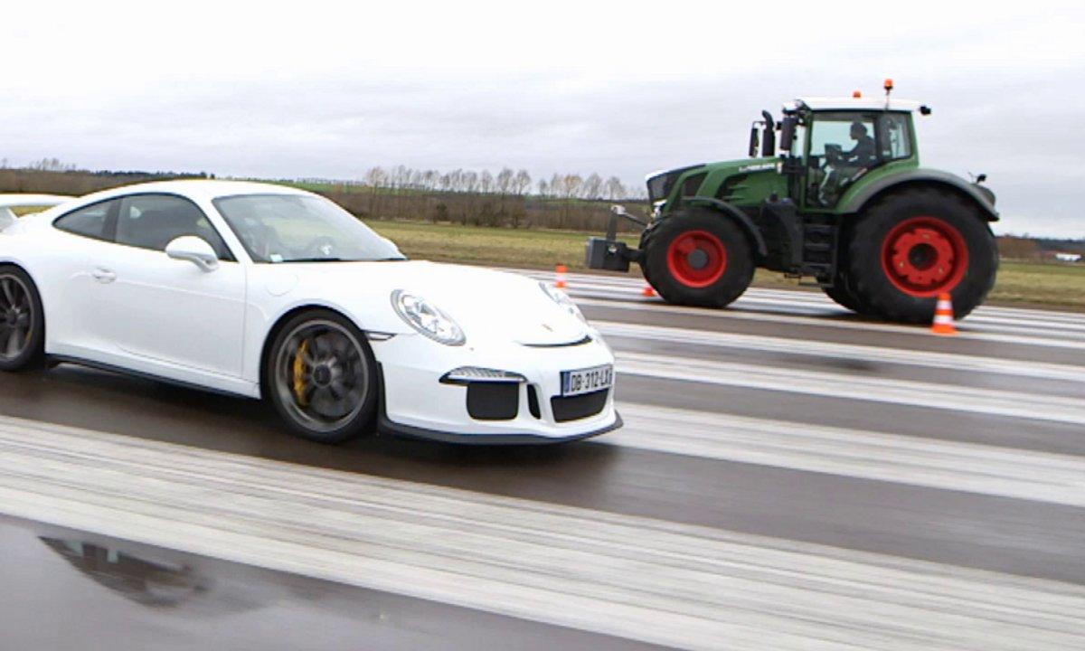 No Limit : un tracteur plus fort qu'une Porsche 911 GT3 ?