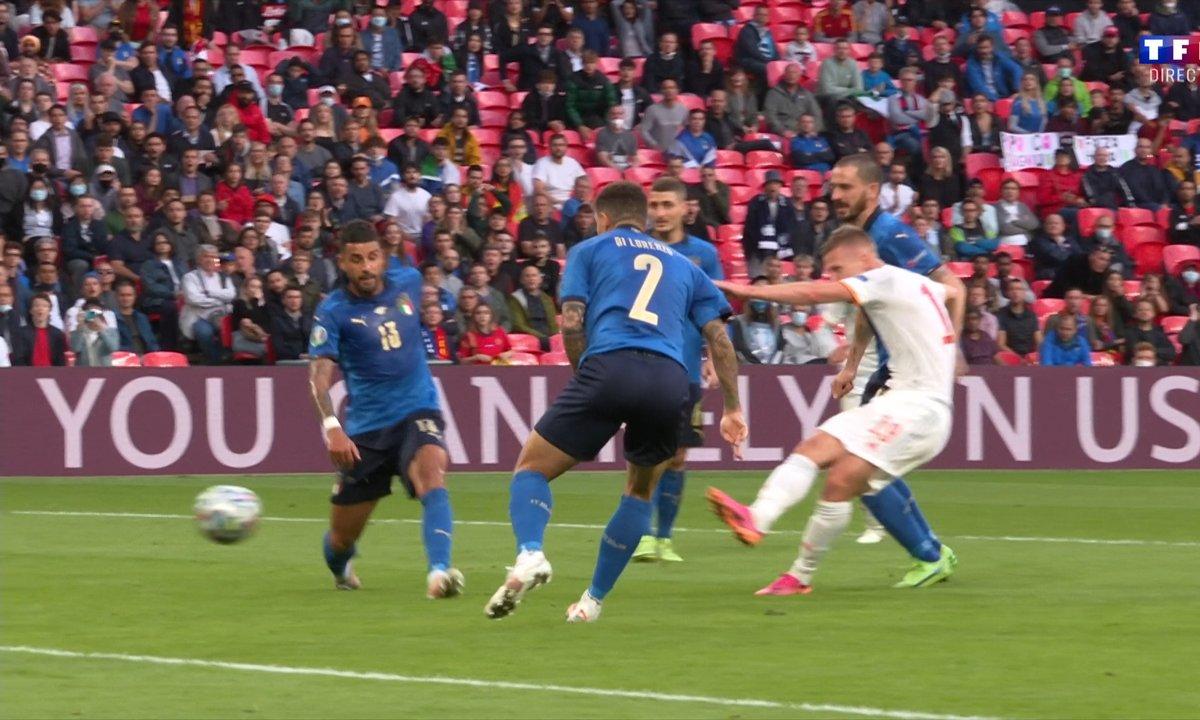 Italie - Espagne (0 - 0) : Voir l'occasion d'Olmo en vidéo