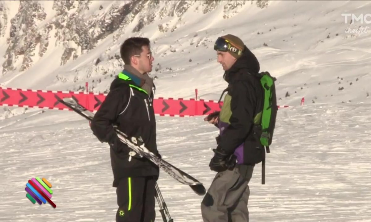 Panayotis Pascot fait du ski