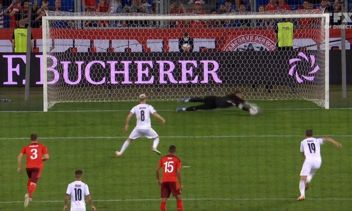 Suisse - Italie (0 - 0) : Voir le penalty complètement loupé par Jorginho