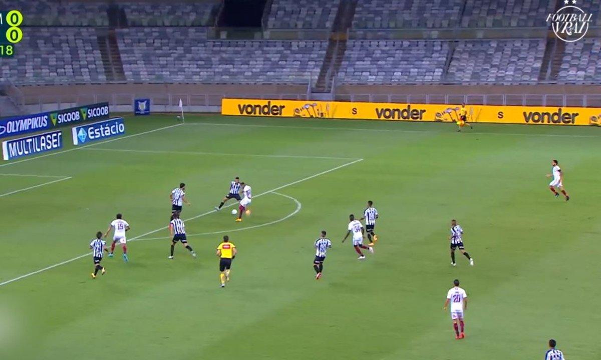 VIDEO - Un MISSILE venu d'ailleurs au Brésil