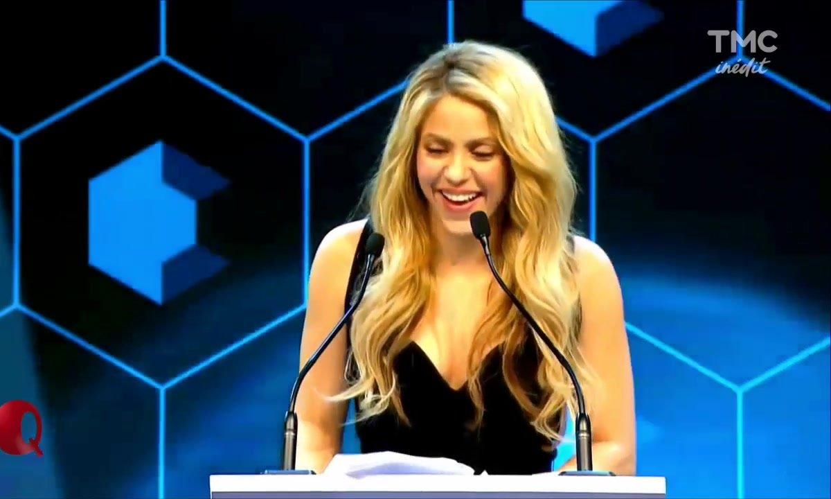 Le Petit Q - Tous Fan2 Shakira (au Forum Économique de Davos)