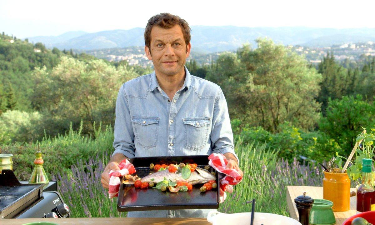 Dorade à la tapenade et salade de tomates