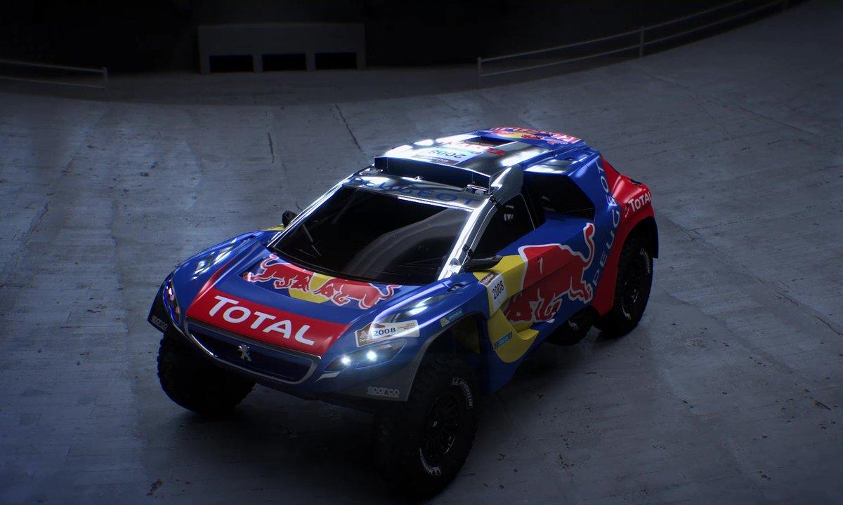 Sébastien Loeb essaye la Peugeot 2008 DKR
