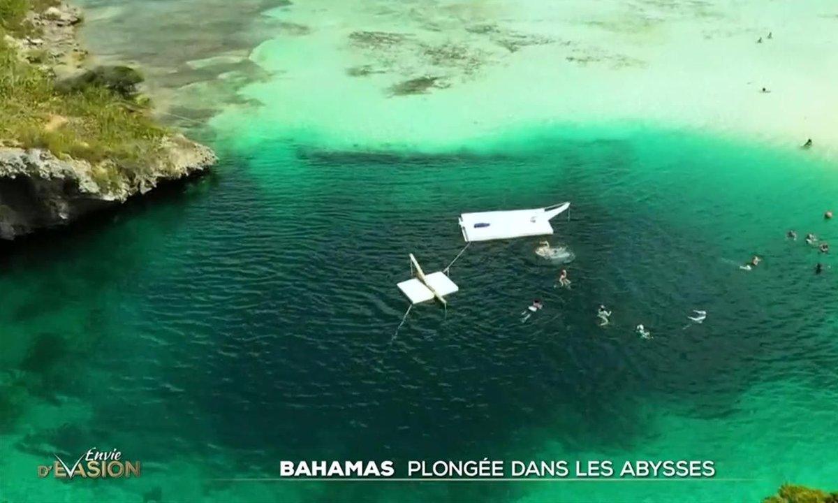 Plongée dans le Dean's Blue Hole aux Bahamas