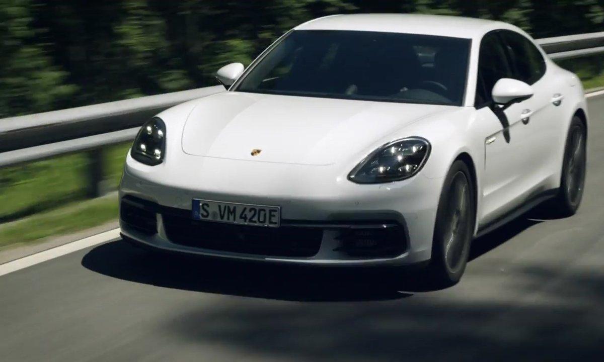 Porsche Panamera E-Hybrid 2017 : la version hybride rechargeable en présentation officielle