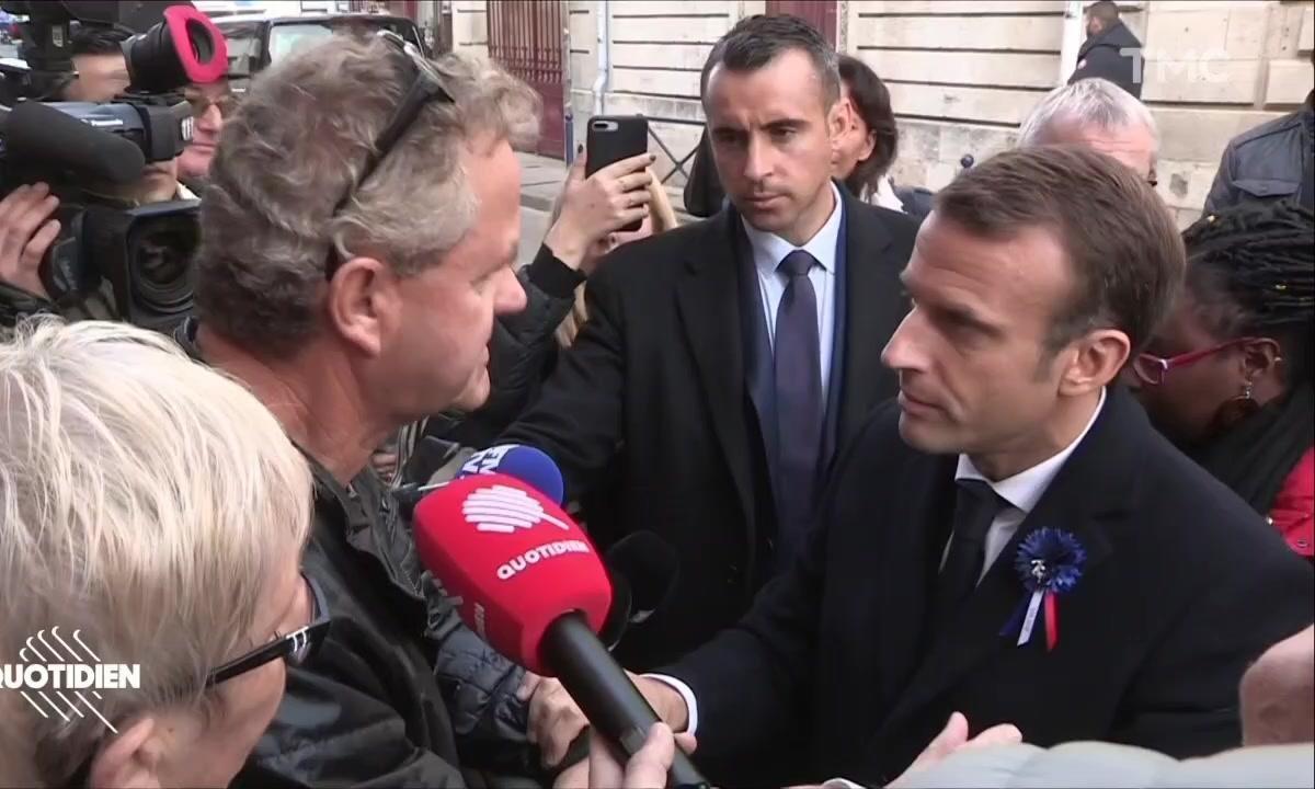Échanges tendus entre Emmanuel Macron et des Français