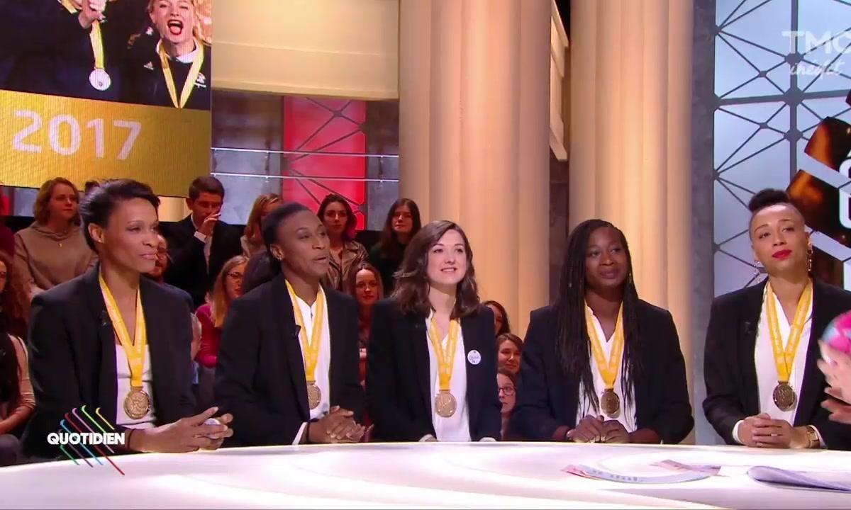Invitées : les handballeuses  sur le toit du monde