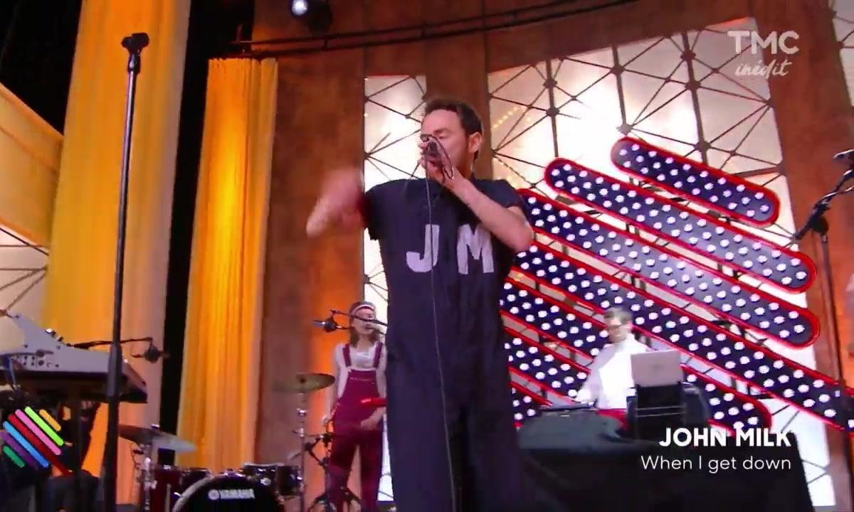 """John Milk - """"When I get down"""" sur la scène de Quotidien"""