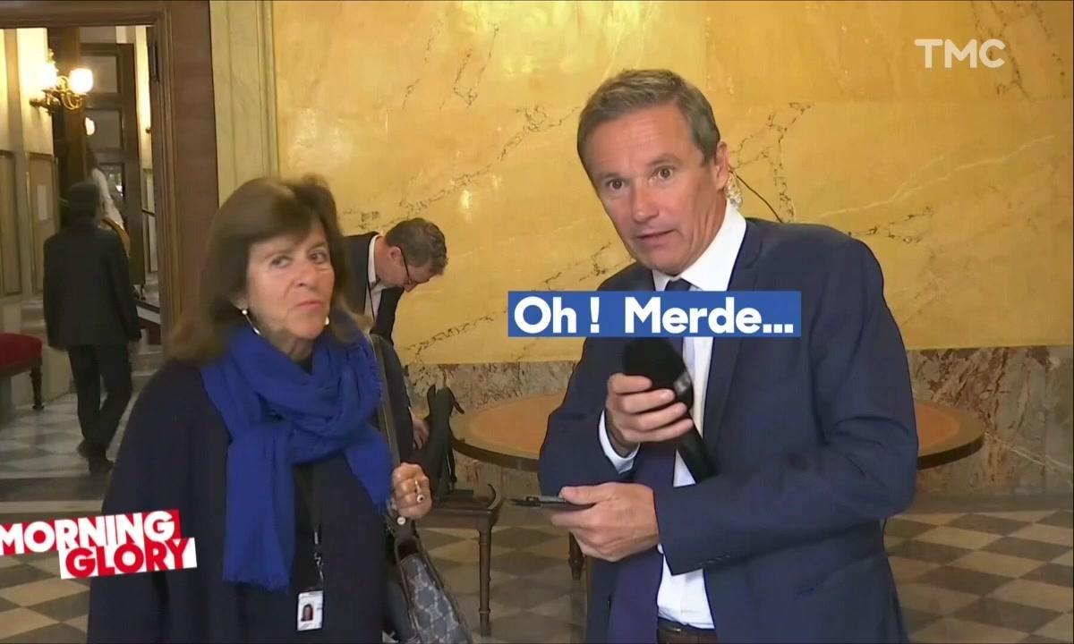 Quand Nicolas Dupont-Aignan oublie qu'il porte un micro