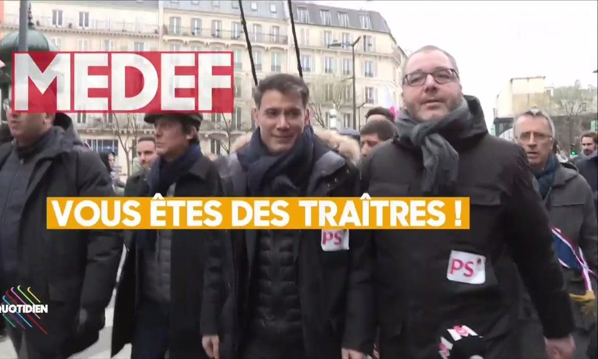 Olivier Faure hué, insulté puis exfiltré pendant la manifestation parisienne