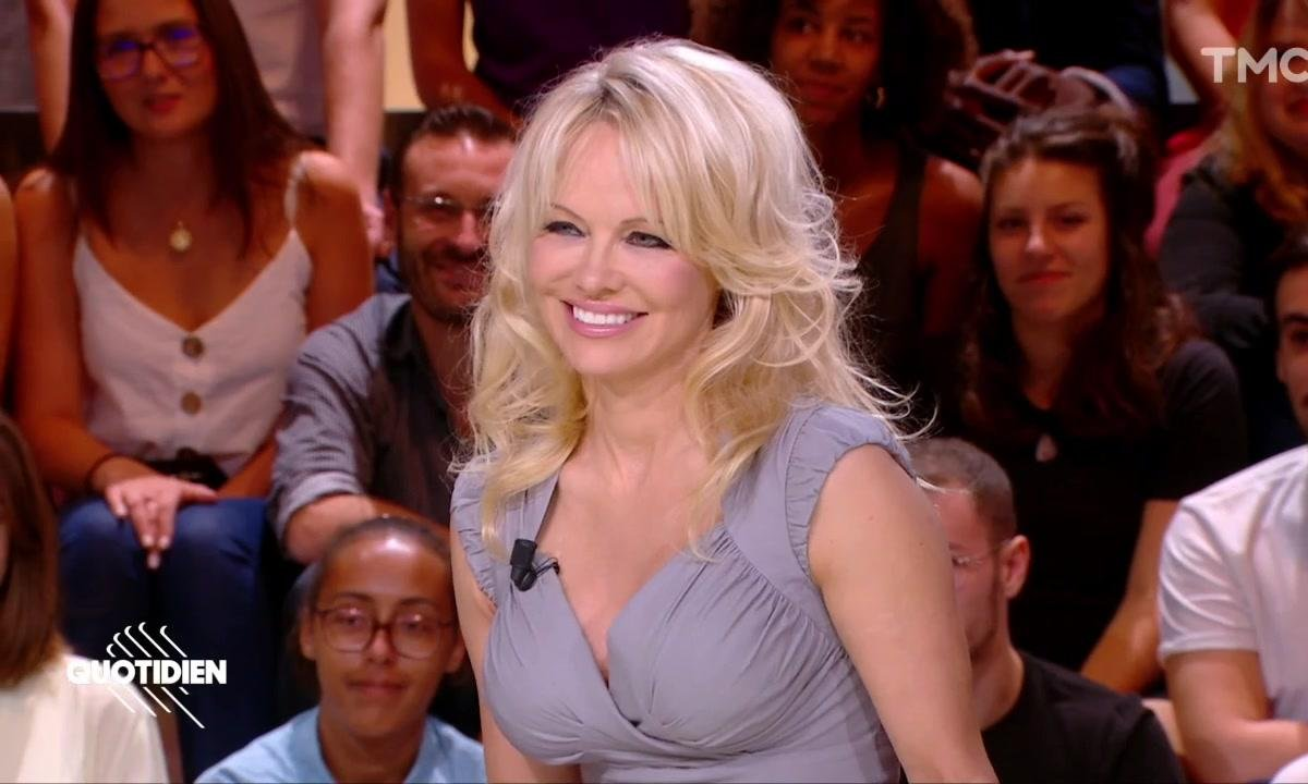 """Pamela Anderson : """"Être vegan, c'est sexy et ça améliore votre vie sexuelle"""""""