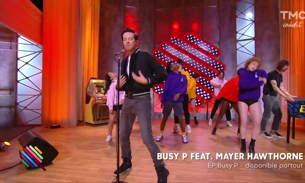 """Busy P ft. Mayer Hawthorne - """"Genie"""" en live sur la scène de Quotidien"""