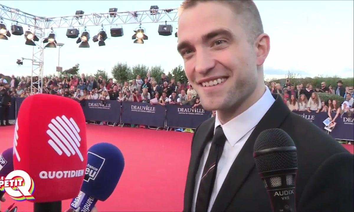 Le Petit Q : Robert Pattinson sur les planches de Deauville