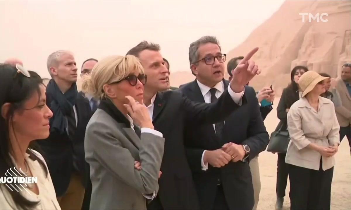 Profession président : les images inutiles de Macron en Egypte