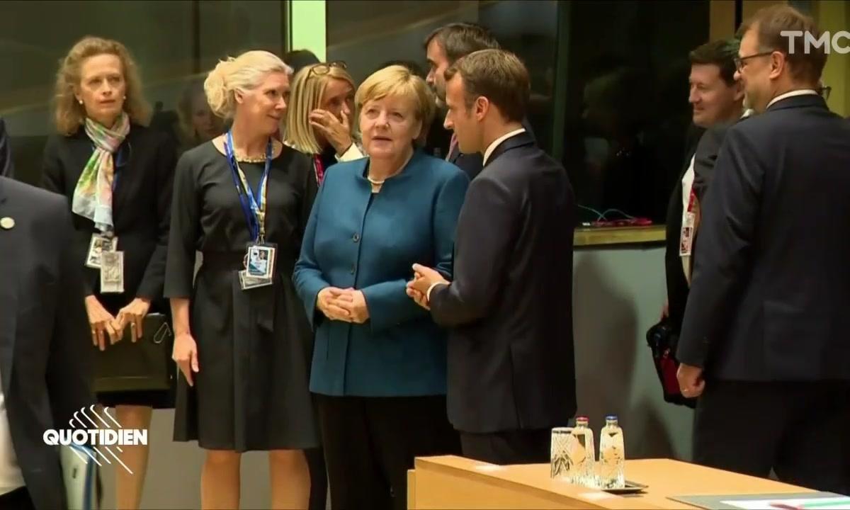 Profession Président : comment Macron parle du remaniement à Angela Merkel