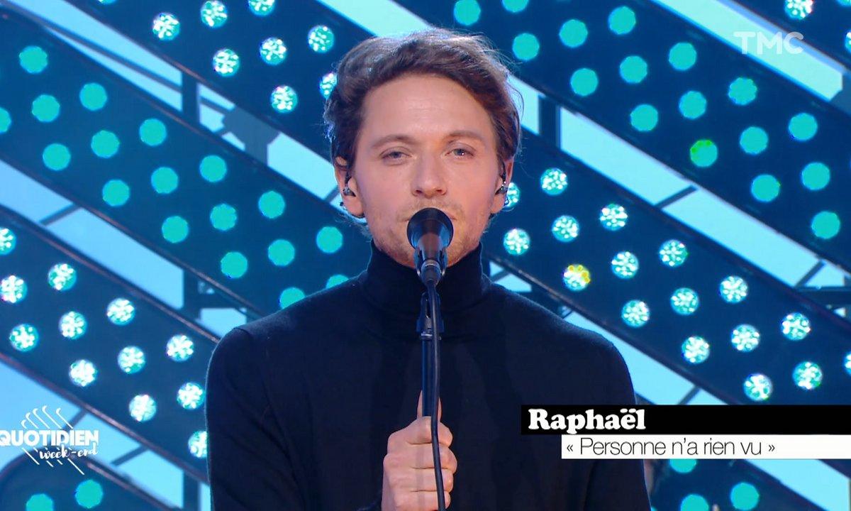 """Raphaël : """"Personne n'a rien vu"""" en live pour Quotidien"""