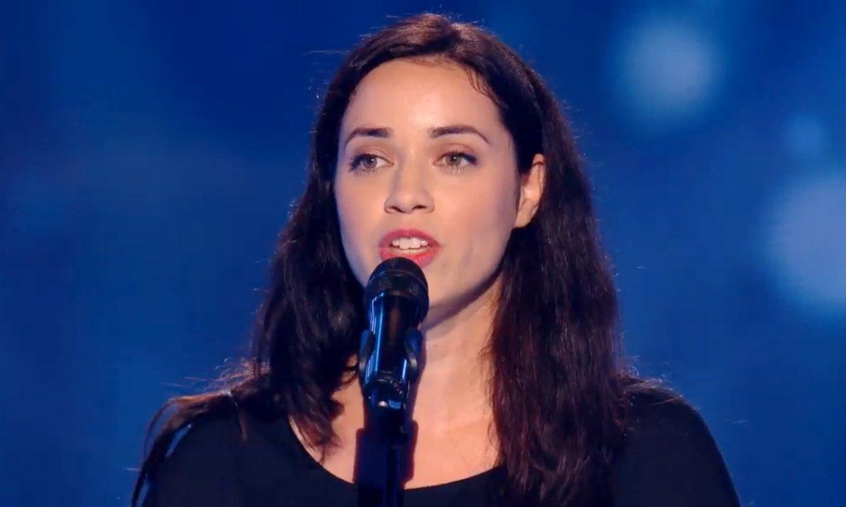 Reprise sensuelle de « To France » (Mike Oldfield) par Lola Baï (Saison 05)