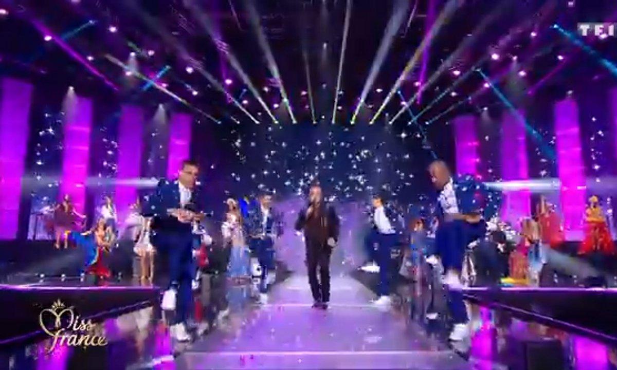 Miss France 2020 : Robbie Williams et les 30 Miss ouvrent la cérémonie