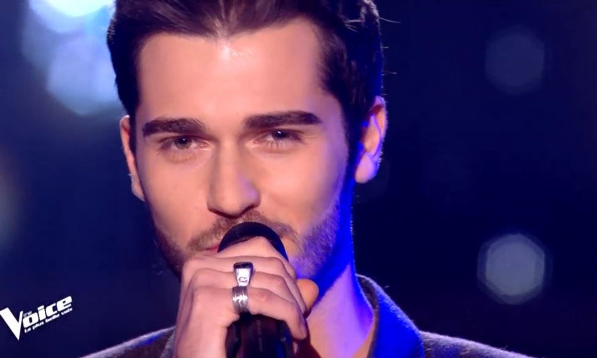 """THE VOICE 2020 -  Romain chante """"Always remember us this way"""" de Lady Gaga"""