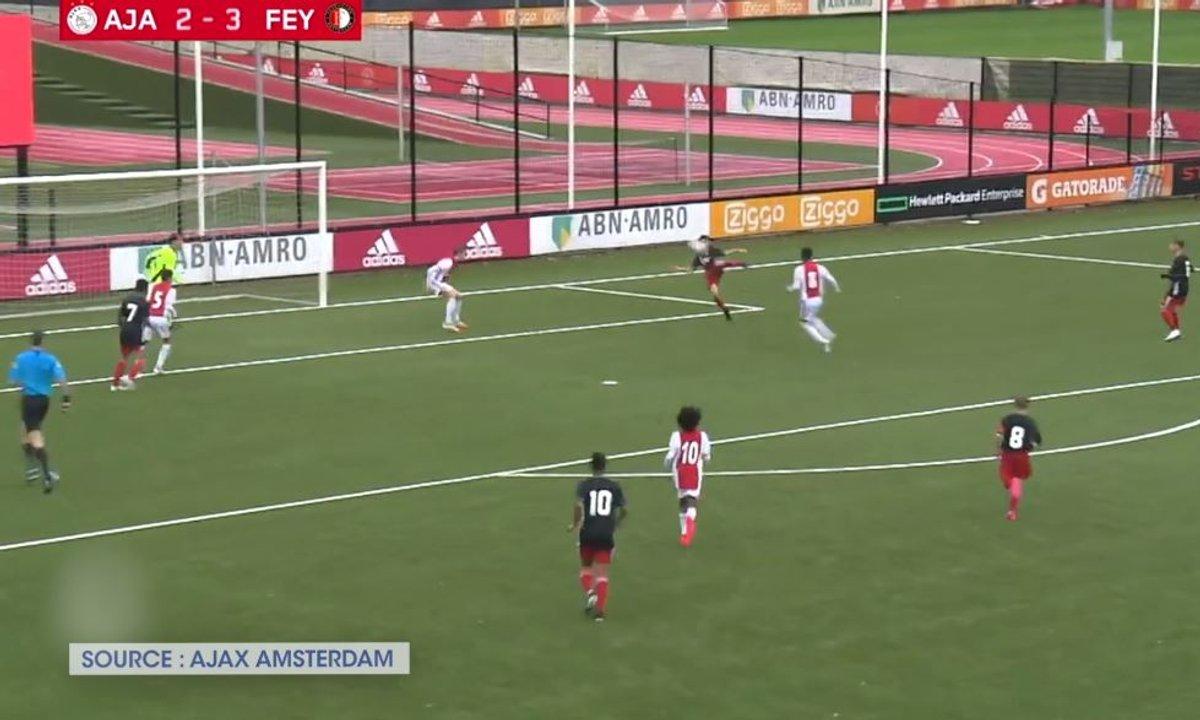 VIDEO - Le ciseau incroyable du fils de Van Persie avec le Feyenoord