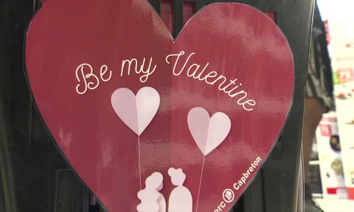 """Saint-Valentin : des paniers """"spécial célibataire"""" dans un supermarché des Landes"""