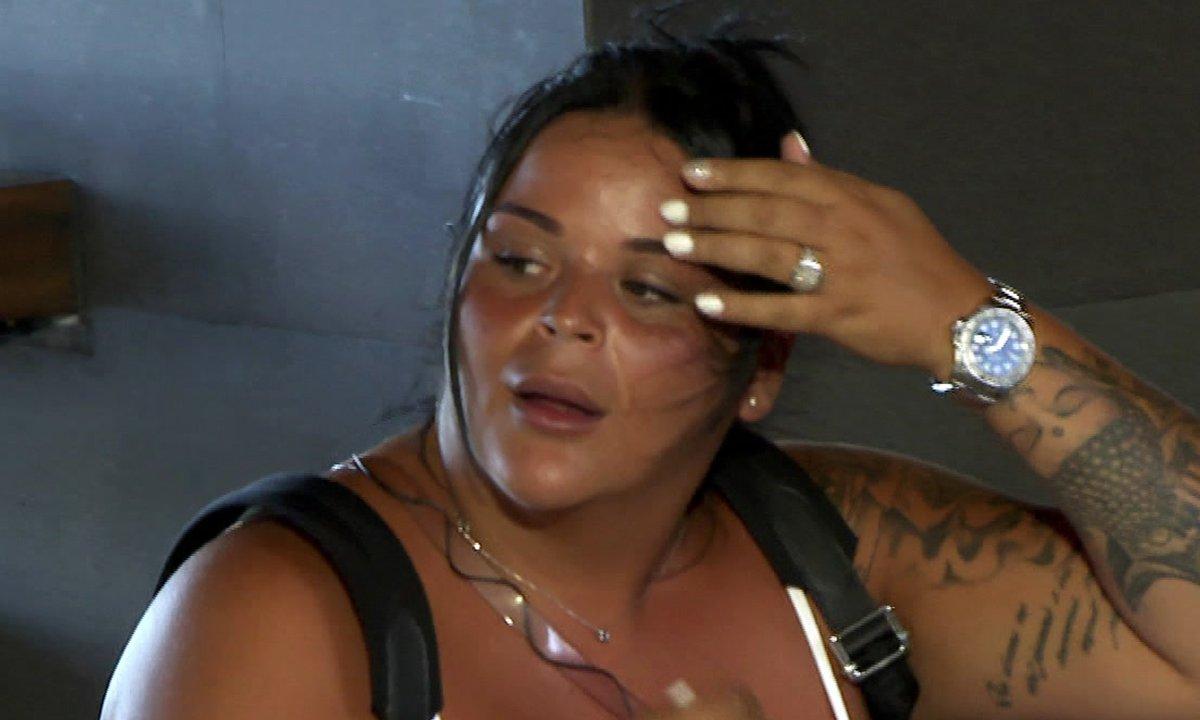 Sarah est de retour dans l'épisode 65 de La Villa des Cœurs Brisés
