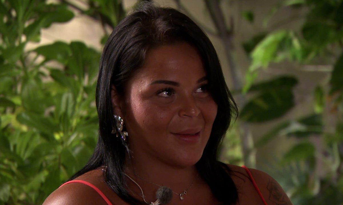 Sarah vexée par Lucie, va-t-elle quitter l'aventure ?