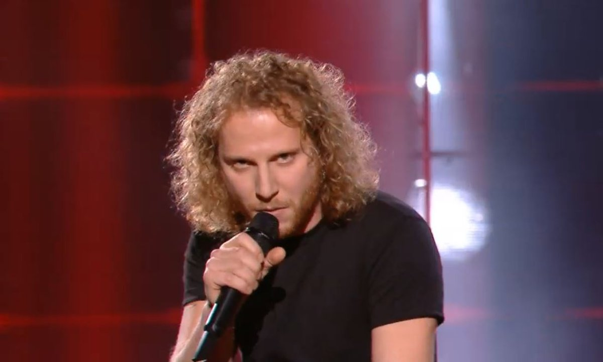 "The Voice 2021 – Silvio Ilardo chante ""J'accuse"" de Damien Saez (KO)"