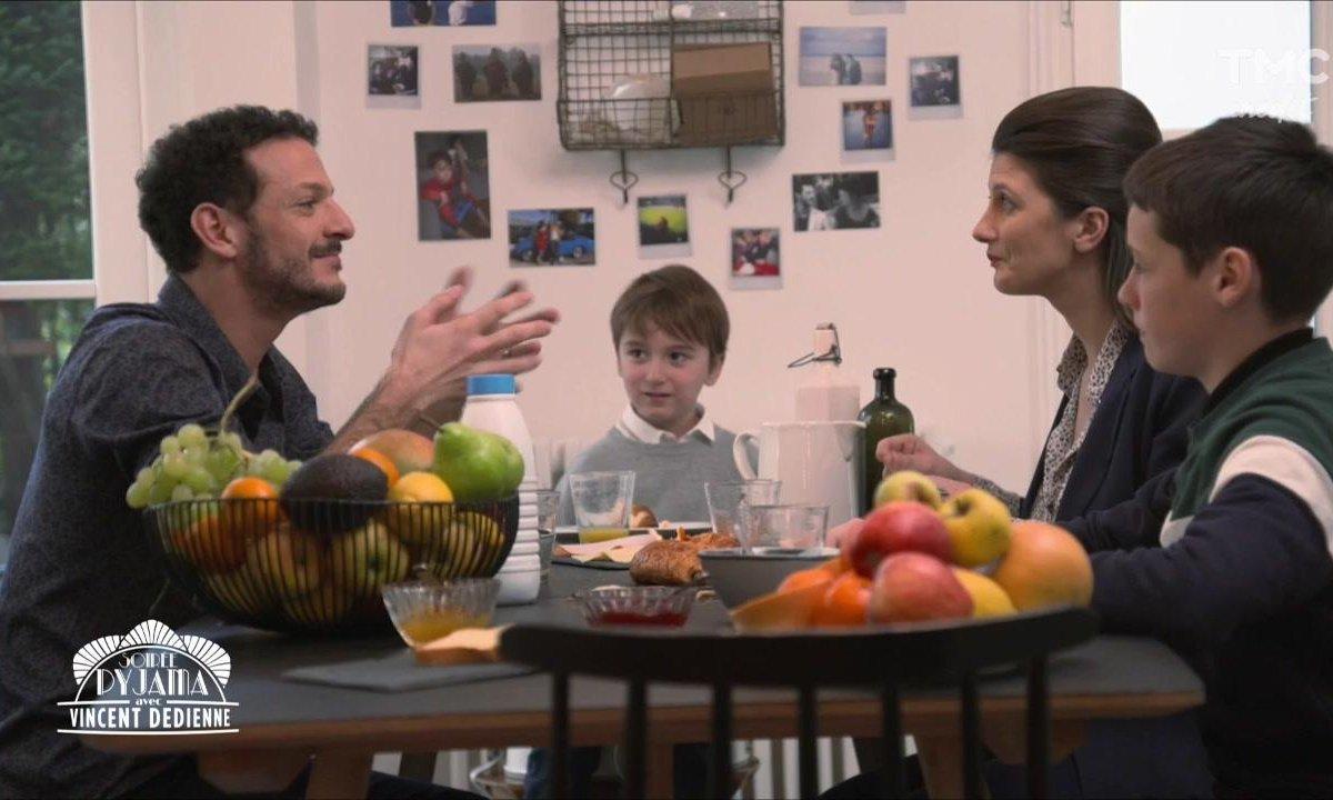Femme, enfants, messe et partie fine : découvrez la VRAIE VIE de Vincent Dedienne
