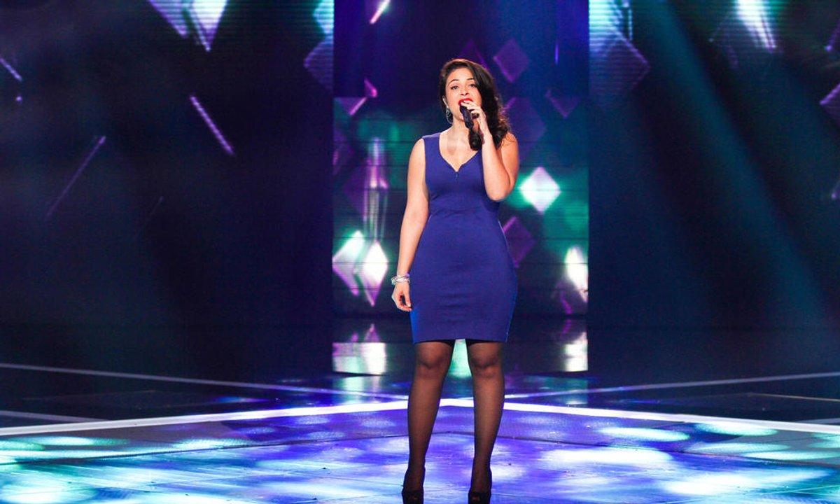 Stéphanie Lamia - I'm So Excited (The Pointer Sisters) (saison 01)