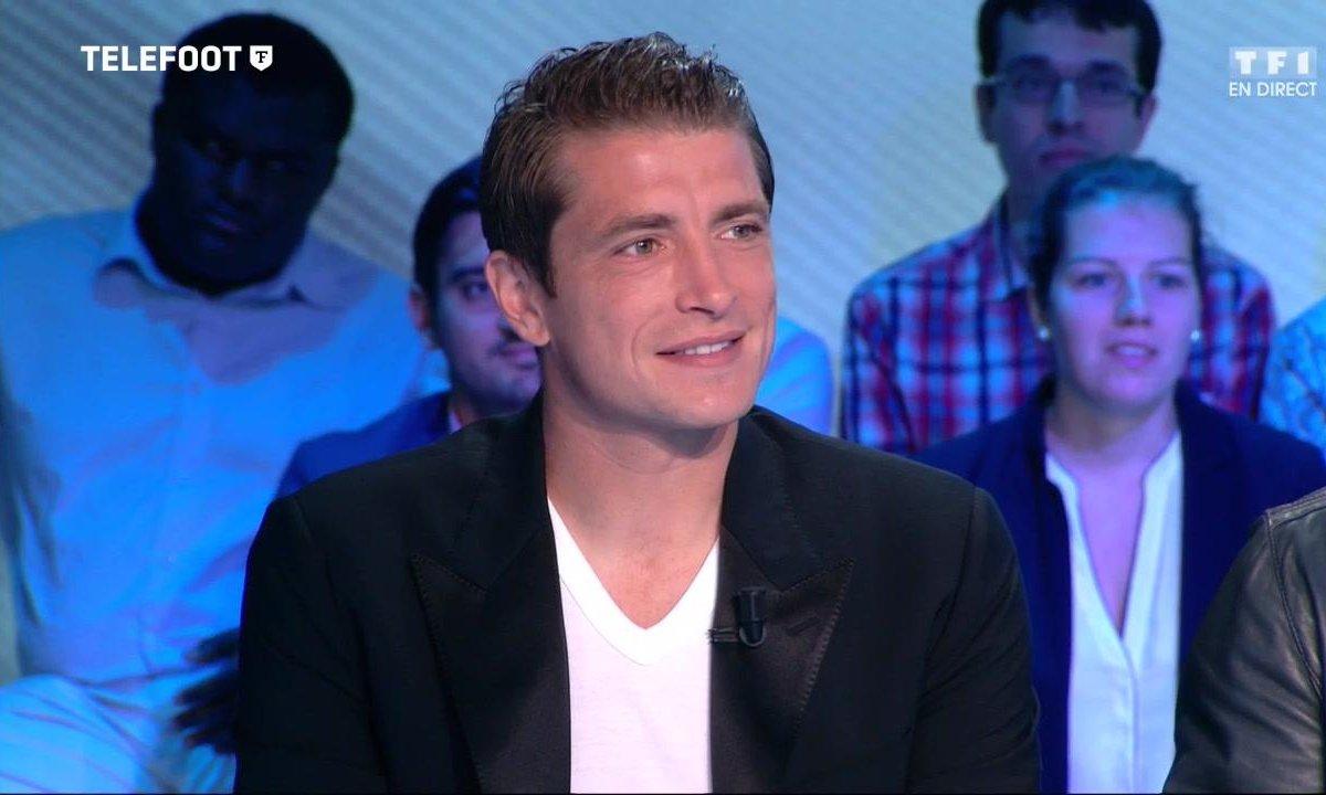 """[Téléfoot 04/09] Cédric Carrasso : """"L'envie de rejouer au footabll a pris le dessus"""""""