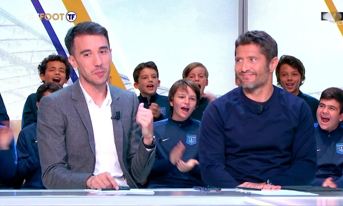 Les enfants du FC Villers et de l'Olympique de Neuilly dans Téléfoot