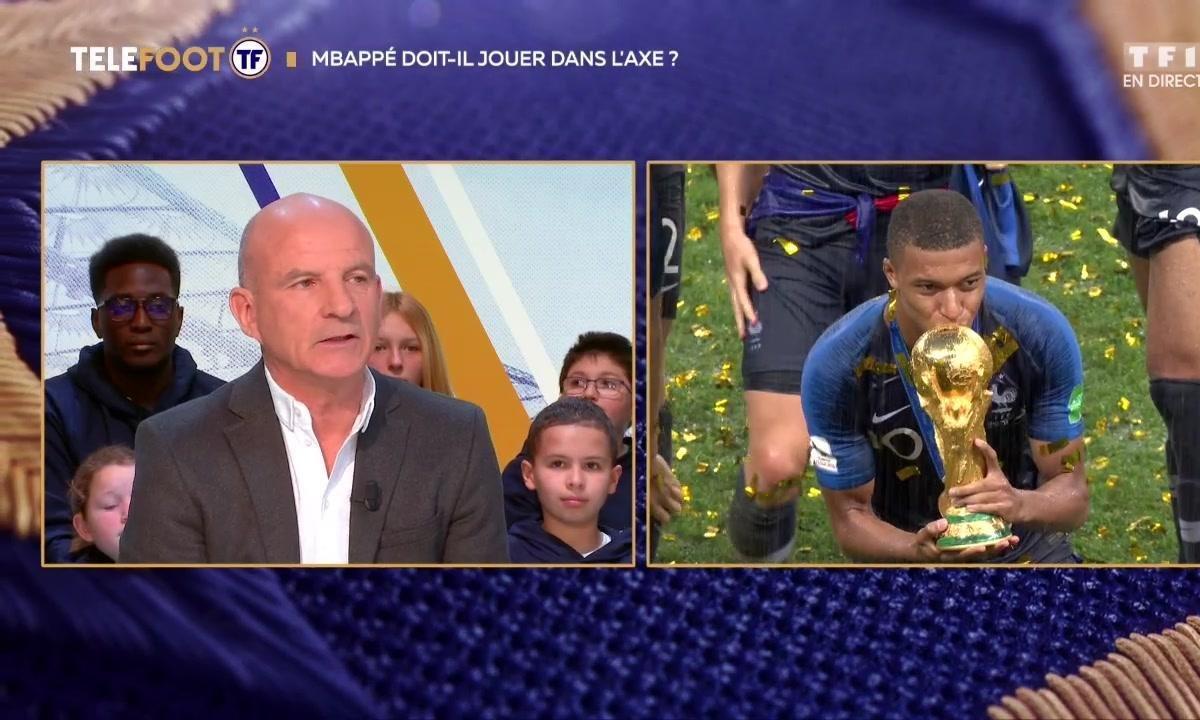 Equipe de France : Mbappé doit-il jouer dans l'axe ?