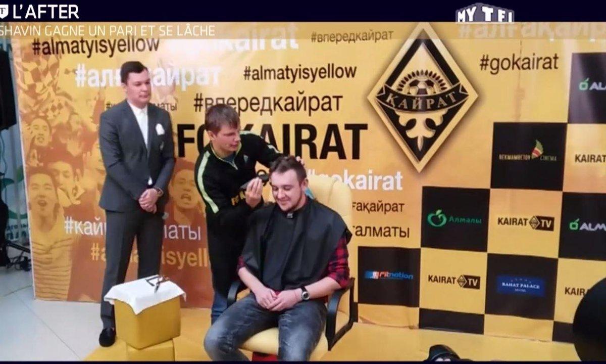 Téléfoot, l'After - Le Buzz : Arshavin gagne un pari et se lâche