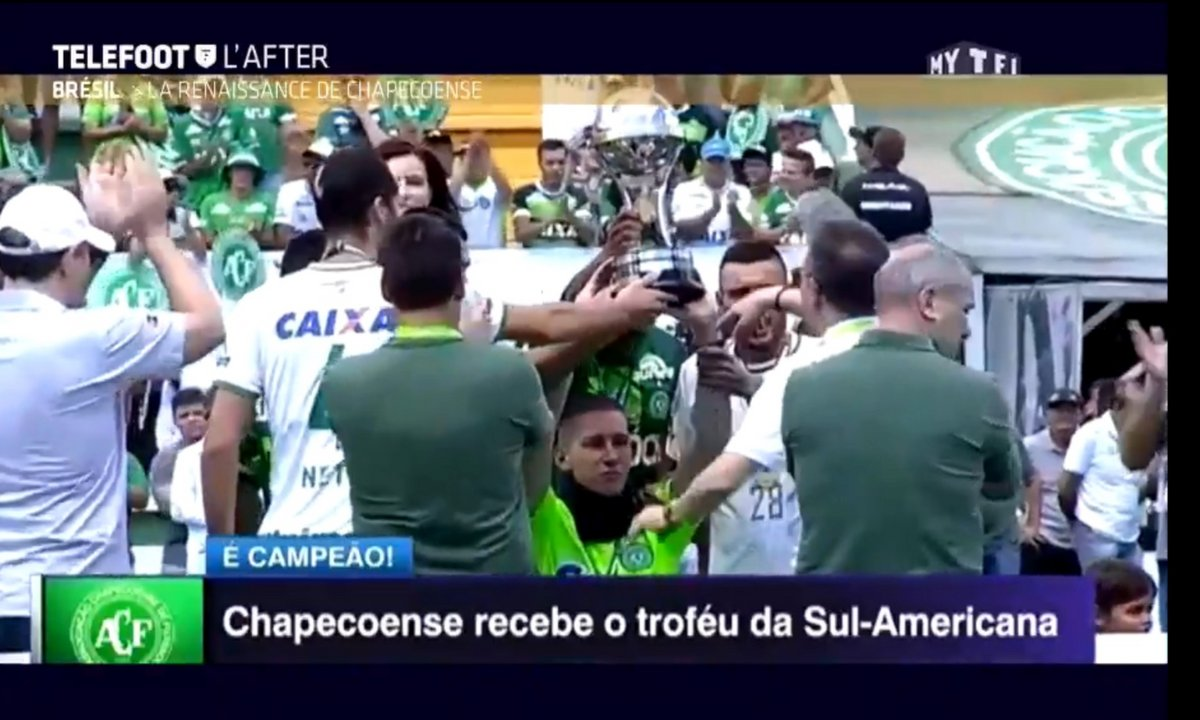 Téléfoot, l'After - Le Buzz : Le premier match de Chapecoense