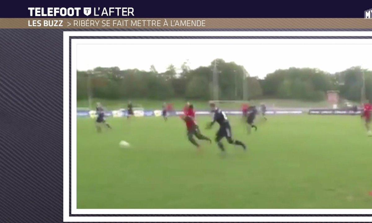 Téléfoot, l'After - Le Buzz : Ribéry humilié par un supporteur
