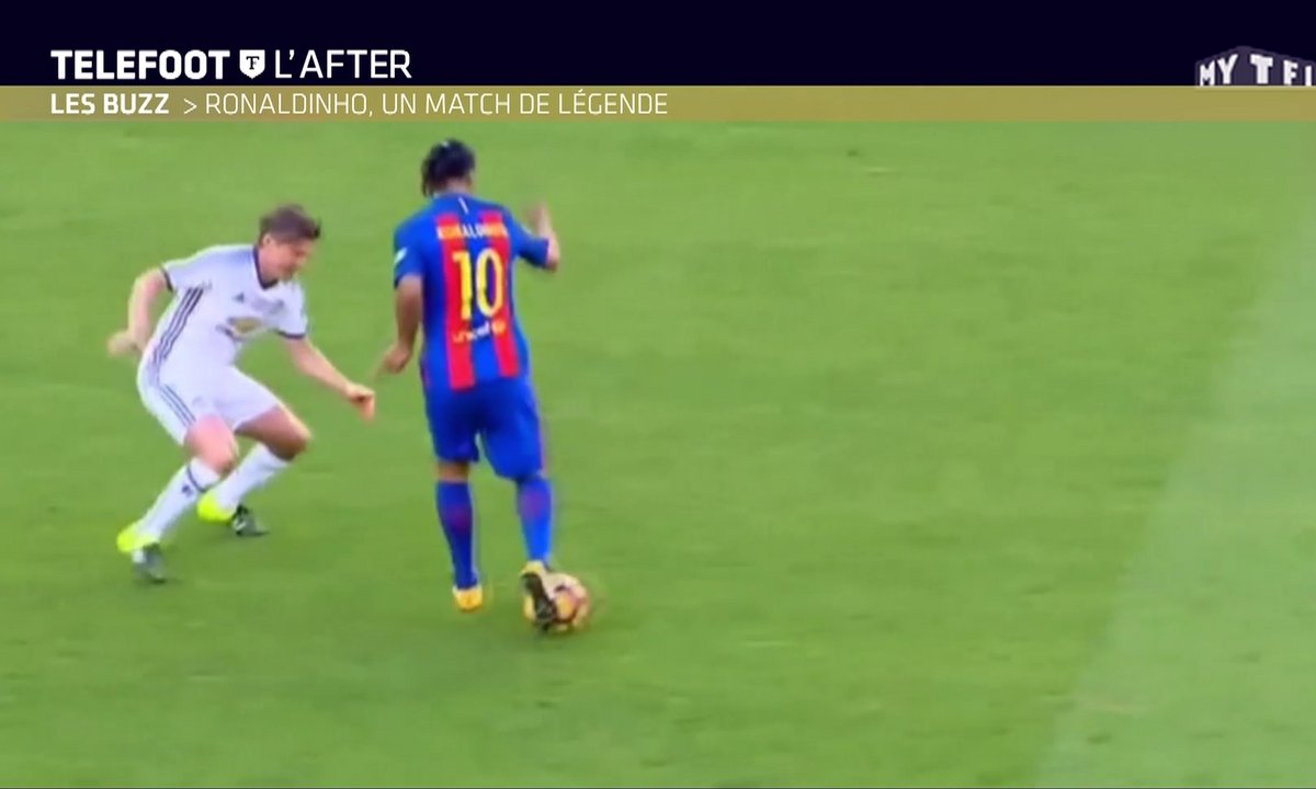 Téléfoot, l'After - Le Buzz : Ronaldinho, un match de légende