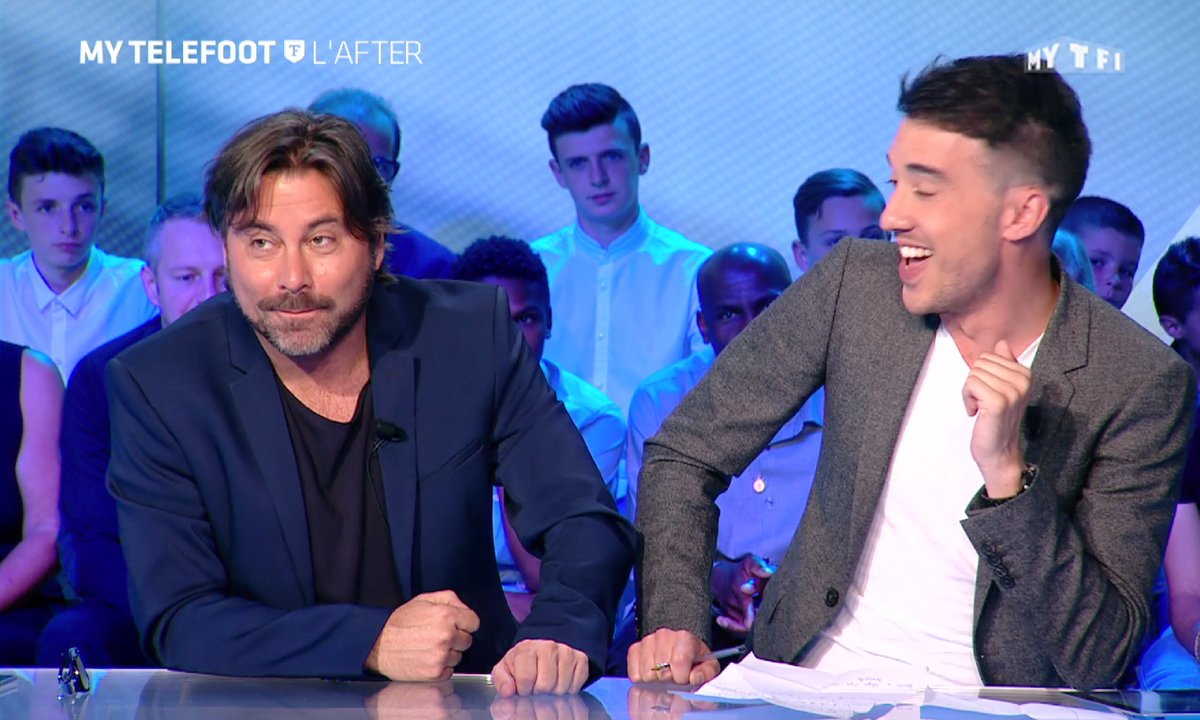 MyTELEFOOT L'After - Le Buzz : le tatouage fou d'un supporter gallois