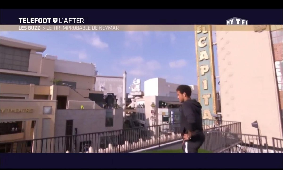 Téléfoot, l'After - Le Buzz : Le tir improbable de Neymar