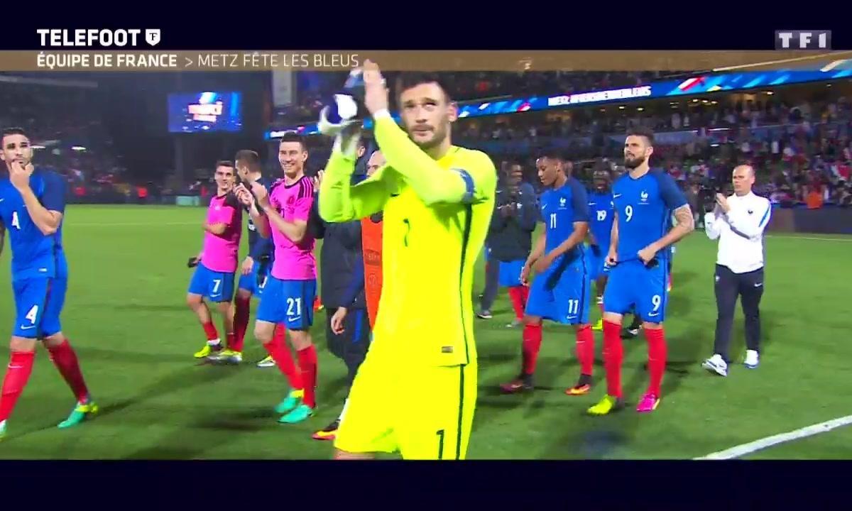 Le tour d'honneur des Bleus après France-Ecosse