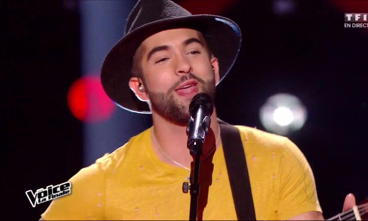 Kendji Girac interprète en direct « Tu y yo », son nouveau titre-