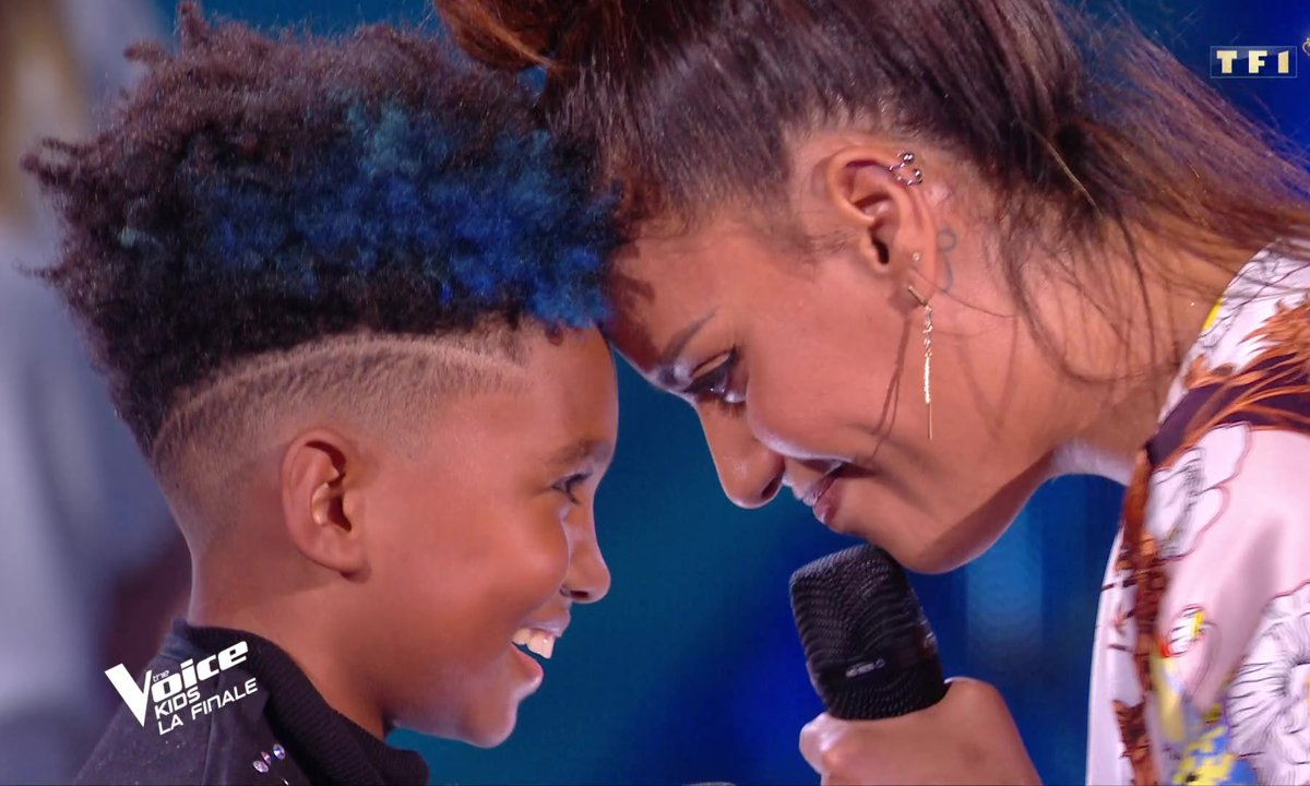 The Voice Kids : Amel Bent et Soan chantent « We are the world » de USA for Africa
