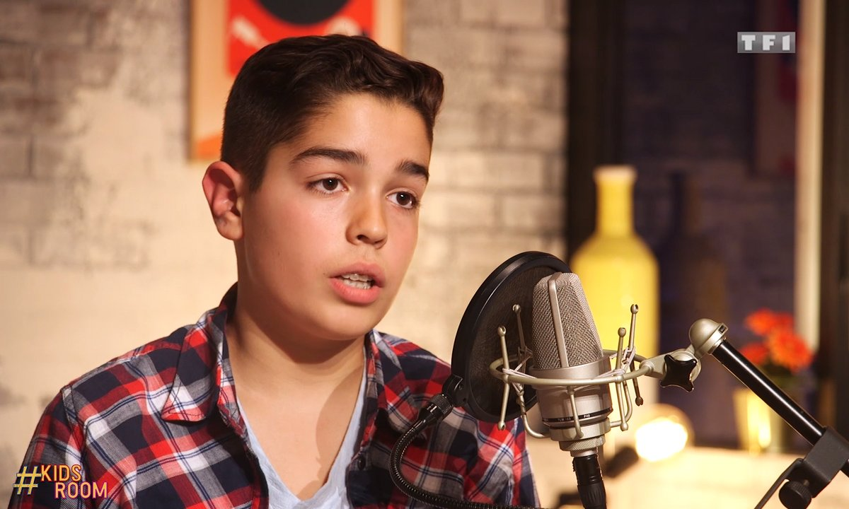 """The Voice Kids : Enzo chante """"Can't stop the feeling"""" de Justin Timberlake"""